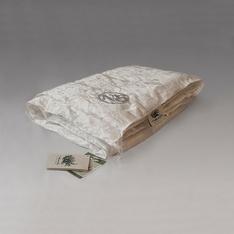Одеяло из шелка всесезонное 200х220 Королевский шелк
