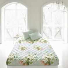 Комплект из одеяла-покрывала и стеганой подушки Яркие цветы